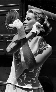 Grace Kelly - most beautiful woman ever to have lived