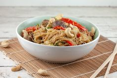 Japchae, Easy Desserts, Mocha, Panna Cotta, Pasta, Food And Drink, Cooking Recipes, Ethnic Recipes, Shot Glass