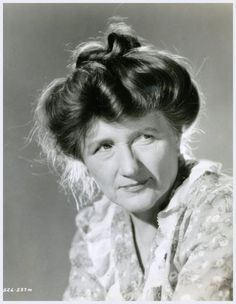 Marjorie MAIN (1890-1975) * AFI Top Actress nominee > Active 1916–59 > Born Mary Tomlinson 24 Feb 1890 Indiana > Died 10 Apr 1975 (aged 85) California, lung cancer > Other: Singer > Spouse: Stanley LeFevre Krebs (1921–35, his death) > Children: none. Most famous as Ma in the 'Ma and Pa Kettle movie series. Photo 1953 'Ma and Pa Kettle On Vacation'