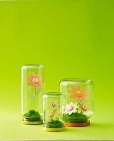 Cheery, no-maintenance button-blossom terrariums are a fun project to make for mom. #WomansDay