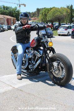 Softail Bobber, Harley Bobber, Bobber Handlebars, Iron 883, Bobber Chopper, Kustom, Bike Life, Custom Bikes, Custom Paint