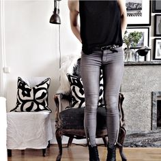 Maria Karlberg Leather Pants, My Style, Instagram, Fashion, Leather Jogger Pants, Moda, Fashion Styles, Lederhosen, Leather Leggings