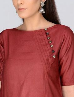 Style Heave: Neck Design For Women Charmed Dress Up Salwar Designs, Simple Kurti Designs, Kurta Designs Women, Kurti Designs Party Wear, Neck Designs For Suits, Sleeves Designs For Dresses, Neckline Designs, Blouse Neck Designs, Kurti Sleeves Design