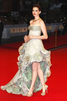 Red Carpet Looks We'd Love To See At The Venice Film Festival   Anne Hathaway