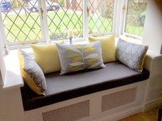 sofa by the window radiator New Living Room, Home And Living, Living Room Decor, Window Seat Kitchen, Dining Room Bench Seating, Window Benches, Radiator Cover, Girl Bedroom Designs, Sofa