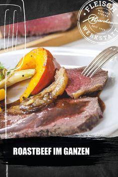 Roastbeef im Ganzen zuzubereiten mag wie eine Herausforderung wirken. Beachtet man aber ein paar Kleinigkeiten, geht es sehr einfach. Eine herrliche Herbstdelikatesse, vor allem mit unserem Roastbeef aus der Fleischwerkstatt. Goodies, Simple, Roast Beef, Gourmet Foods, Couple, Meat