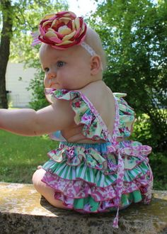 Baby Jaimesyn's Girls Boutique Ruffled Bottom Romper
