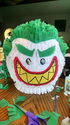 Joker pinata - Lego Batman - Ideas of Lego Batman - Lego Batman Movie. Batman Pinata, Lego Batman Cakes, Lego Batman Birthday, Lego Batman Party, Disney Cars Birthday, Lego Batman Movie, Superhero Birthday Party, 6th Birthday Parties, Lego Pinata
