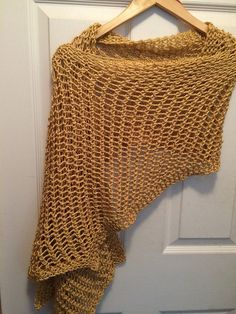 Ravelry: Project Gallery for Lattice Stitch Shawl pattern by Dayna Scoles