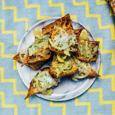 Summer Vegetarian Recipes, Mexican Food Recipes, Vegetarian Mexican, Vegan Recipes, Brunch Recipes, Ciabatta, Pan Con Tomate Recipe, Gerardo Gonzalez, Tomatillo Recipes