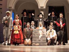 """O Theatro São Pedro recebe neste domingo, 30, às 17h, uma récita a preço popular da ópera """"O Barbeiro de Sevilha"""", de Giovanni Paisiello. A entrada é de R$ 10."""