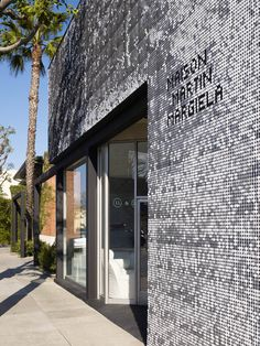 Shopfront :: Mameg + Maison Martin Margiela / Johnston Marklee & Associates