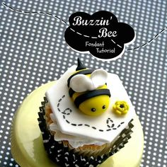 Bee cupcake topper