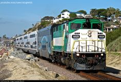 RailPictures.Net Photo: RBRX 18520 Metrolink EMD F59PH at San Clemente, California by Moomin