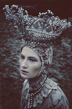 Photographer: Marcin Nagraba Designer: Agnieszka Osipa Makeup: Patryk Nadolny Model: Wiktoria Soszyńska @ AMQ