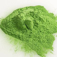 This Green Paint Powder is a fun way to get messy!