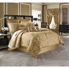 Five Queens Court Colonial 3 Piece Comforter Set & Reviews | Wayfair
