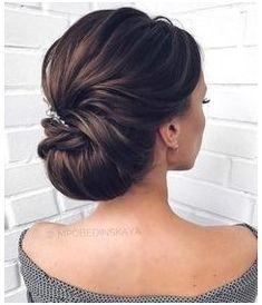 Vintage Wedding Hair, Wedding Updo, Vintage Updo, Wedding Makeup, Wedding Dresses, Diy Wedding, Wedding Ceremony, Elegant Hairstyles, Bride Hairstyles