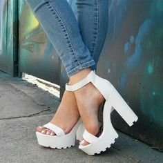 30 Chic Summer Shoes & Outfit Ideas – Street Style Look. The Best of footwear in - Sexy High Heels Women Shoes - Sexy High Heels Women Shoes Pretty Shoes, Beautiful Shoes, Cute Shoes, Me Too Shoes, Dream Shoes, Crazy Shoes, Shoe Boots, Shoes Heels, Man Shoes
