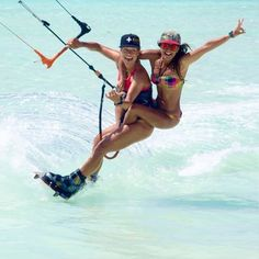 and having fun in Los Roques! Windsurfing, Wakeboarding, Great White Attack, Beach Games, Surf Girls, Sport Girl, Water Sports, Surfboard, Swimming
