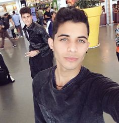 Zabdiel and Erick A Gomez, Brian Colon, 3 I, My King, Memes, Fandoms, Guys, Celebrities, Fictional Characters