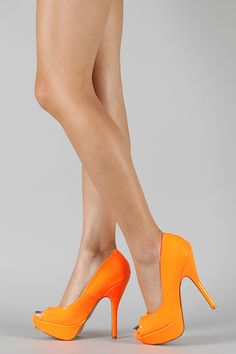 Qupid Onyx-64 Neon Open Toe Pump
