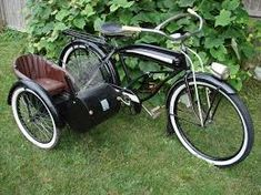 The sidecar is cool, but I like the bicycle it's attached to even more Más Cruiser Bikes, Old Bicycle, Old Bikes, Bicycle Women, Rando Velo, Bike With Sidecar, Velo Cargo, Side Car, Microcar
