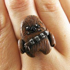 Chewbacca ring ...would be a cute magnet