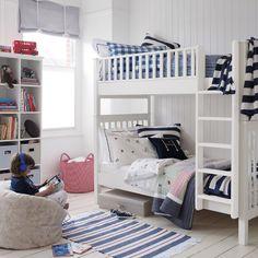 Piętrowe łóżko- marzenie większości dzieci :).  Awesome bunk bed design :).
