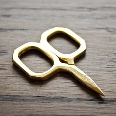 "vintage scissors in ""The Workroom"""