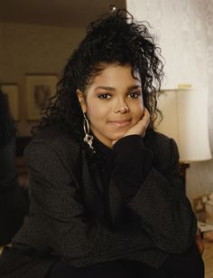 Here are 50 fabulous and flawless photos of Janet Jackson. Michael Jackson, Janet Jackson 90s, Jo Jackson, Jackson Family, Paris Jackson, Janet Jackson Unbreakable, Afro, Toni Braxton, 50 And Fabulous