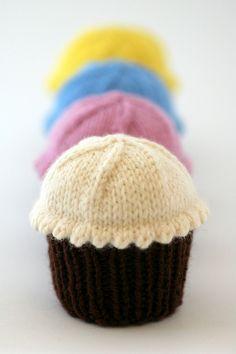 dark chocolate & buttercream by kathrynivy.com, via Flickr
