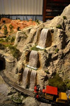 Sam Towler—Nature's Wonderland model (On30 scale model railroad created by a fan) nwrr.blogspot.com