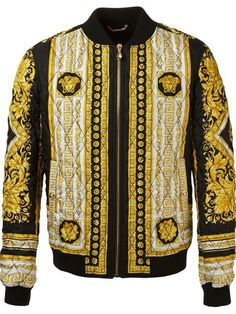 23f98558886a4 Compre Versace Jaqueta bomber de seda em Versace from the world s best  independent boutiques at farfetch