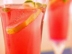 Tiziano, a light Italian Prosecco punch, is sure to be the hit at any party. And a great signature cocktail!