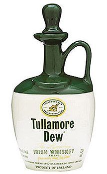 Send the Tullamore Dew Irish Whiskey Crock as a gift for a Birthday, Anniversary or to say Thank You. The Tullamore Dew Irish Whiskey Crock is delivered on time and in perfect condition. Whiskey Gifts, Scotch Whiskey, Bourbon Whiskey, Tequila, Vodka, Gin, Whiskey Brands, Bourbon Cocktails, Irish Recipes