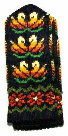 Kindakirjad 1 - Aira - Picasa webbalbum Mittens Pattern, Knit Mittens, Knitted Gloves, Fair Isle Knitting, Hand Knitting, Craft Patterns, Knitting Patterns, Wrist Warmers, Sweater Design