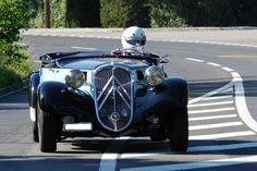 French Classic, Classic Mini, Classic Cars, Vintage Cars, Antique Cars, Retro Vintage, Manx, Art Deco Car, Automobile