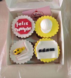 Cupcakes para celebrar el cumpleaños de un ingeniero. Gracias Yaja por la preferencia de siempre!! :) #miskitrujillo