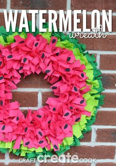 Nothing says summer like this easy watermelon wreath! Nothing says summer like this easy watermelon wreath! Watermelon always reminds me of summer. No matter where you go, you see a watermelon -- on sale at the grocery store, at the neighbor's bbq, or Deco Mesh Wreaths, Holiday Wreaths, Holiday Crafts, Burlap Wreaths, Floral Wreaths, Ribbon Wreaths, Paper Wreaths, Wreath Crafts, Diy Wreath
