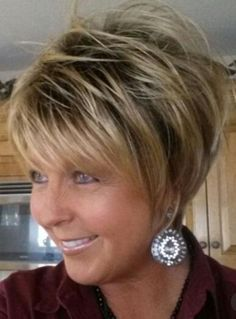 Thin Hair Cuts short cuts for thin fine hair Thin Hair Cuts, Short Hair With Layers, Short Hair Cuts For Women Over 50, Short Hair Over 60, Razor Cut Hair, Long Hair, Short Hairstyles For Women, Short Haircuts, Stacked Haircuts