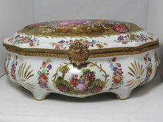 VINTAGE - Fragonard LIMOGES - Stunning LARGE Dresser Box - Hand Painted - JC