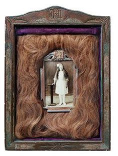 Photograph of Mary H. Helgeson surrounded by her actual hair, 1930 creepy! Old Pictures, Old Photos, Vintage Photos, La Danse Macabre, Post Mortem Photography, Mourning Jewelry, Weird And Wonderful, Memento Mori, Our Lady