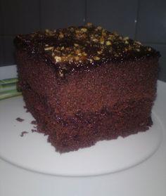 Bolo de Chocolate com Recheio | SaborIntenso.com
