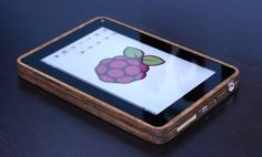 DIY tablet computer made from Raspberry Pi