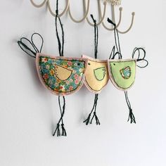 Spring Hanging Birdy Decoration: