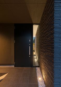 Narrow Lot House Plans, Entrance Doors, Modern Interior Design, Wall Colors, Modern Contemporary, Tiles, Wall Lights, Outdoor Decor, Home Decor