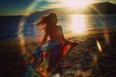 1k  Foto número 1.000 no Instagram. Esta foto foi feita no ano de 2004 na praia de Troia. Foi um momento único com um efeito singular dos raios solares e a serra da Arrábida no horizonte! ...... ⛵1K ..Photo 1,000th on Instagram. This photo was taken in 2004 on the beach of Troia. It was a unique moment with a singular effect of sunlight and the Arrábida mountains on the horizon! ⛵ #sunsetporn #skyporn #nature #clouds #sky #sunshine #beautiful #cloudp