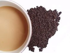 Getting rid of cellulite using coffee grounds and olive oil