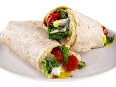 Receta: Wraps de Kale y Huevo en español | Food Network en Español